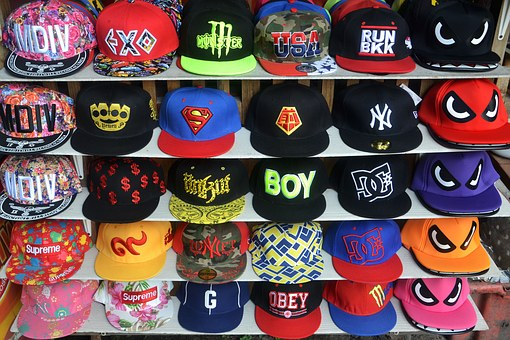 Gorras personalizadas: las estrellas de tu armario