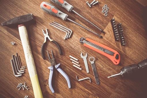 8 herramientas imprescindibles para tu hogar